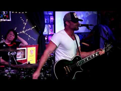 ©2016KingVideo:Sherry's 50ish Birthday party Band with Shane Dwight