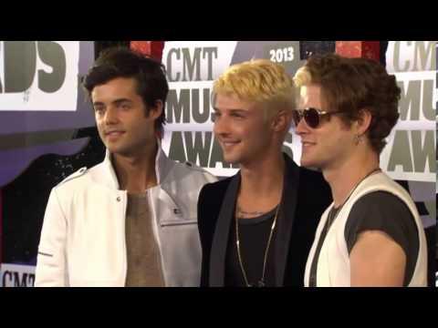 Hot Chelle Rae, CMT Music Awards