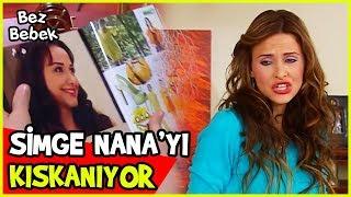 SİMGE, NANA'NIN MANKEN OLMASINI KISKANIYOR - Bez Bebek 20. Bölüm