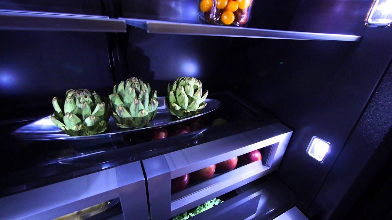 Jenn Air S Black Interior Fridge Makes Food Look Better