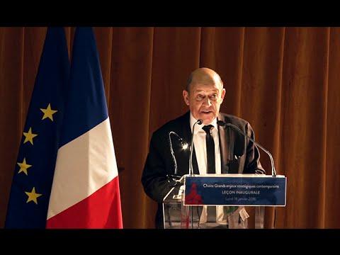 """[Conférence] Jean-Yves Le Drian : """"Les grands enjeux stratégiques de 2016"""""""
