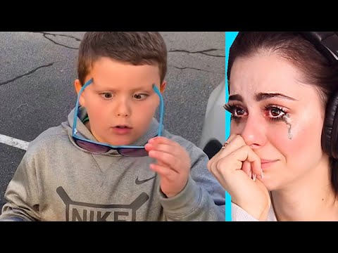 Blind kid SEES for the FIRST TIME ! (Emotional)