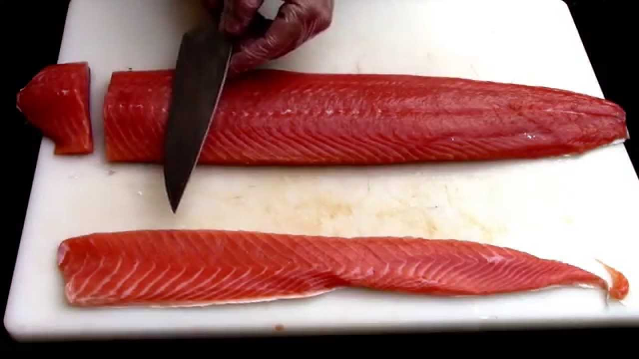How To Properly Cut Salmon Into 4 Oz Restaurant Portion Youtube