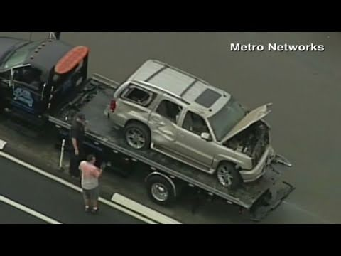 CNN: NFL star, Junior Seau, launched car off cliff