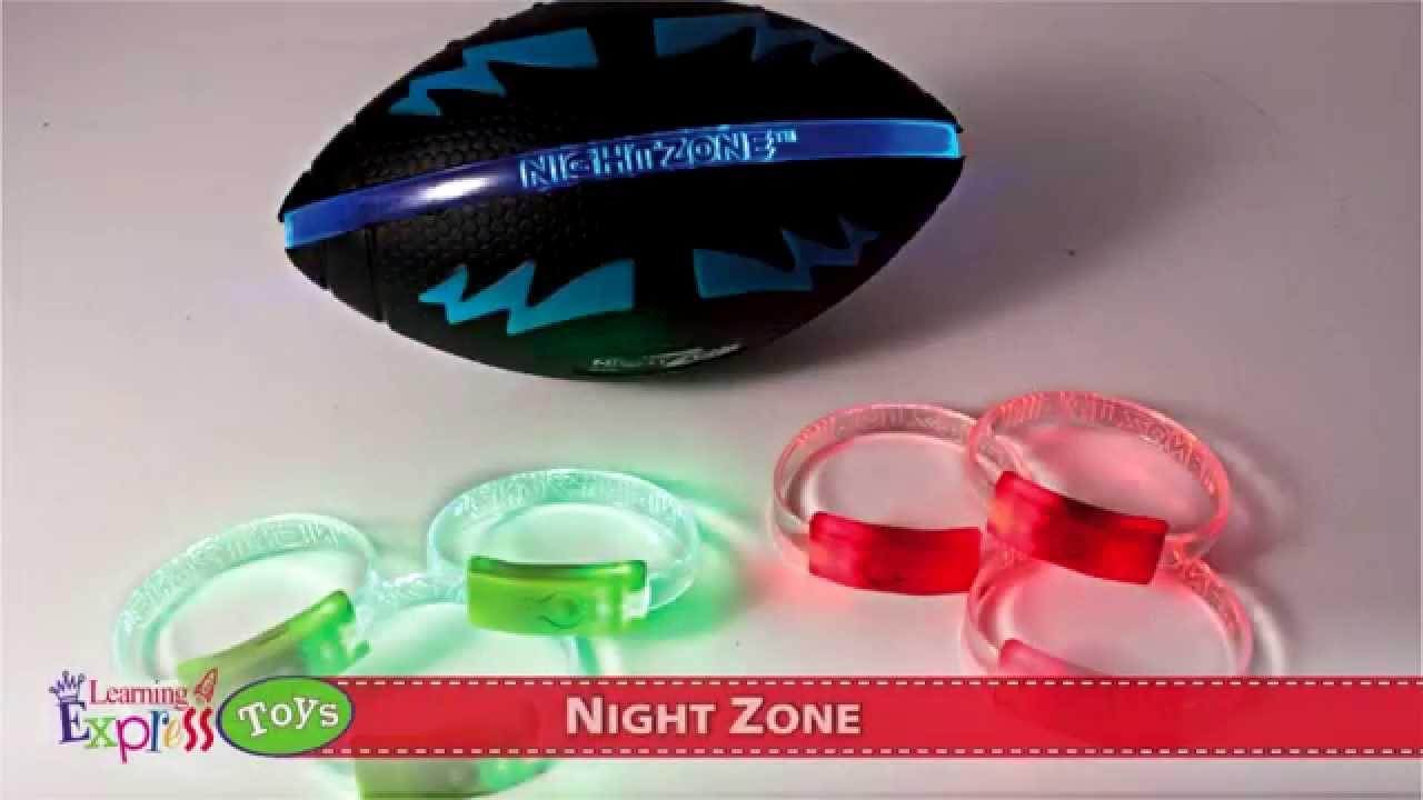 Nightzone light up rebound ball - Night Zone Football