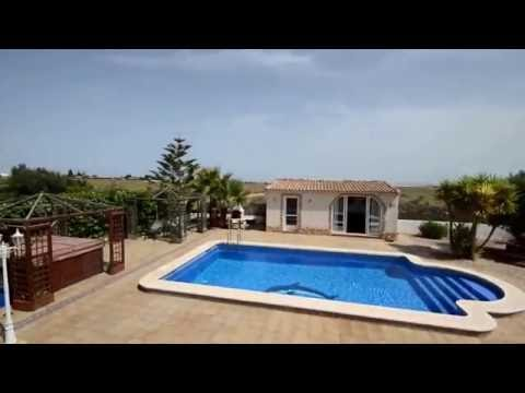 Lo Santiago - Detached Villa, Pool, Large Plot -  LOS02 - Chersun Properties