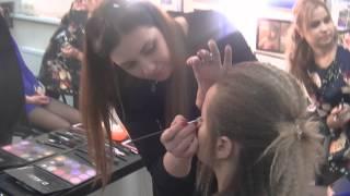 Школа макияжа/ОЛЬГА ГОРДИАС(Новое видео о том,как проходит обучение у известного визажиста Ольги Гордиас! только у нас: индивидуальный..., 2014-04-16T17:45:33.000Z)