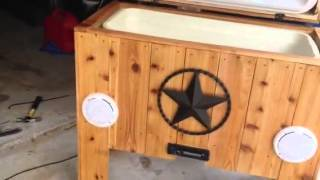 Cedar Ice Chest With Jams