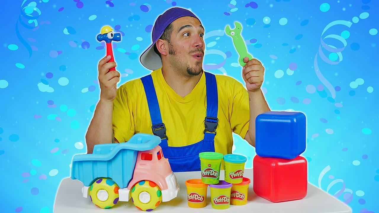 ¡El festival de las llantas! Neumáticos de colores con plastilina. Vídeos para niños con coches