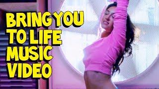 Смотреть клип Steve Aoki & Rune Rk Ft. Ras - Bring You To Life