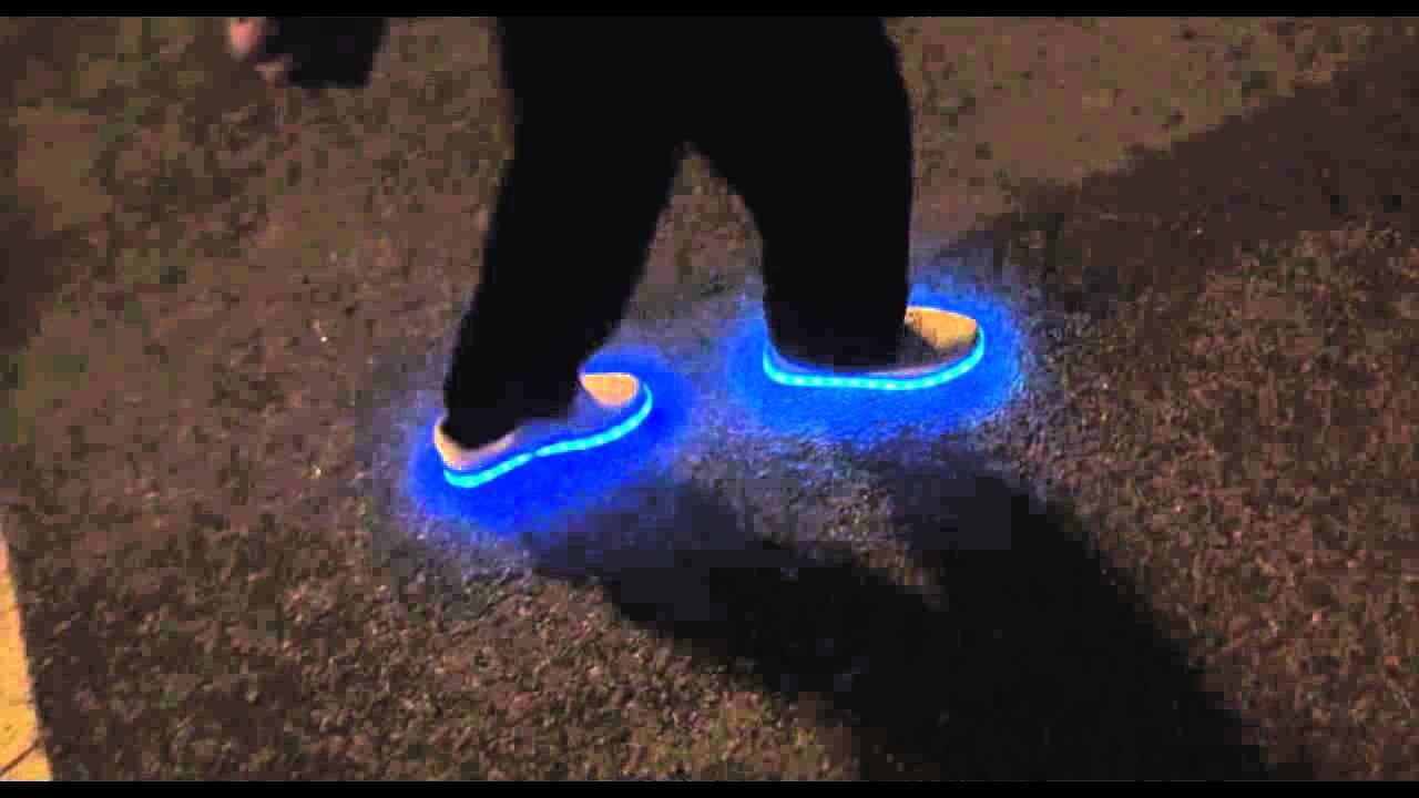 chaussures lumineuses nike