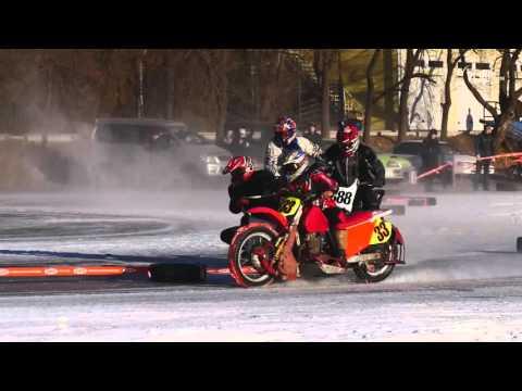 VL.ru- Ледовый мотокросс на озере Юность