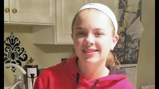 Illinois teen bakes to help those fighting cancer