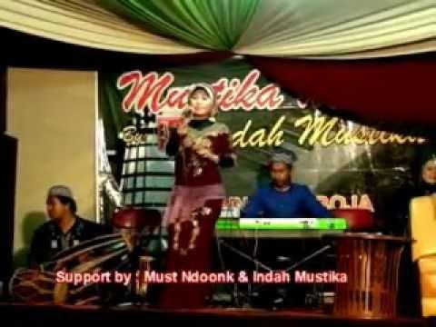 Mustika Musik''Caping Gunung''_Dian by Indah Mustika WO.avi