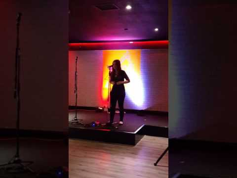Rebecca Bell auditioning for the voice, singing Stone Cold