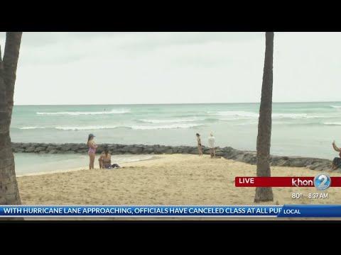 Waikiki hotels prepare visitors for Hurricane Lane