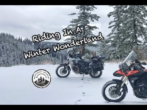 Riding in a Winter Wonderland (Honda Africa Twin and BMW F800GS)