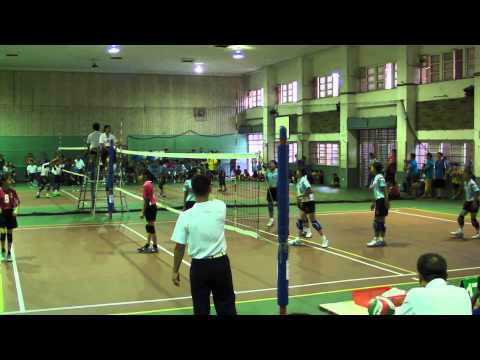 20150816 菁英杯排球賽 5女8強賽 南投炎峰0:2台中南陽 - YouTube