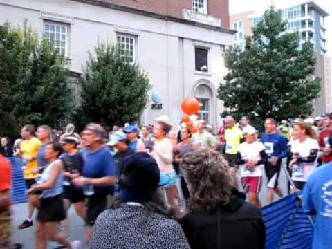 2011 Asheville Citizen-Times Half Marathon 5K Run & Walk-002