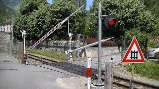 Spoorwegovergang Tirano (I) // Railroad crossing // Passaggio a livello