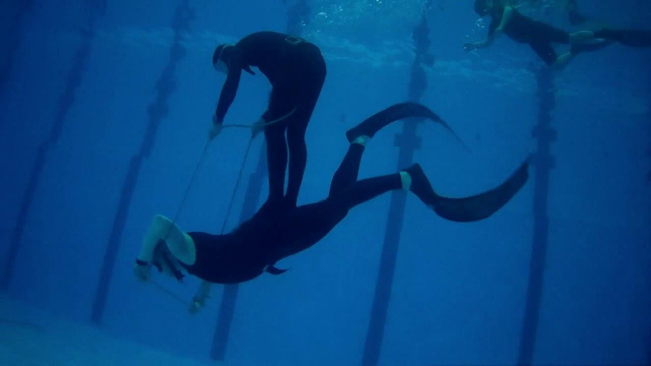 Подводные скачки
