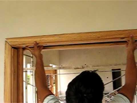 Marco de puerta de embutir youtube for Como poner una puerta de madera