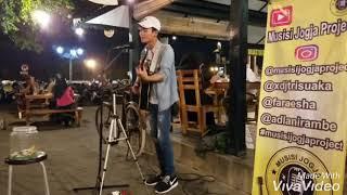 Story WA VivoVideo - Adel Kerudung Biru 1