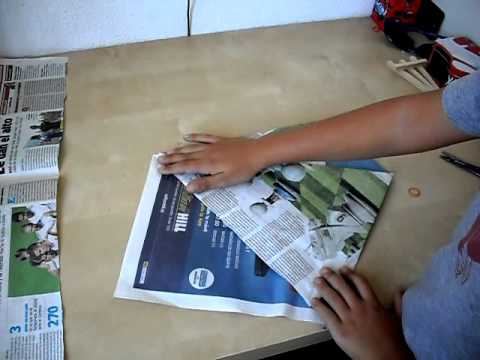 C mo hacer bolsas con papel de peri dico youtube - Hacer bolsas de papel en casa ...