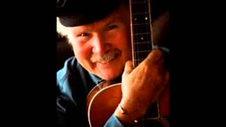 Watch Tom Paxton One Million Lawyers video