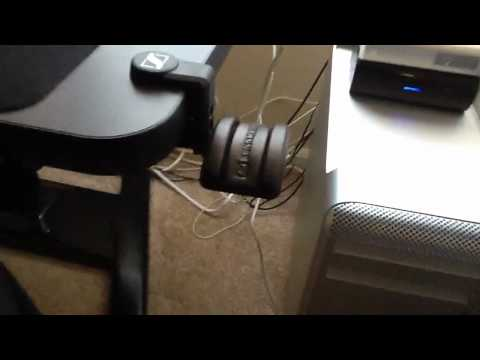 A Look at the Sennheiser HH10 Headphone Holder - HH 10
