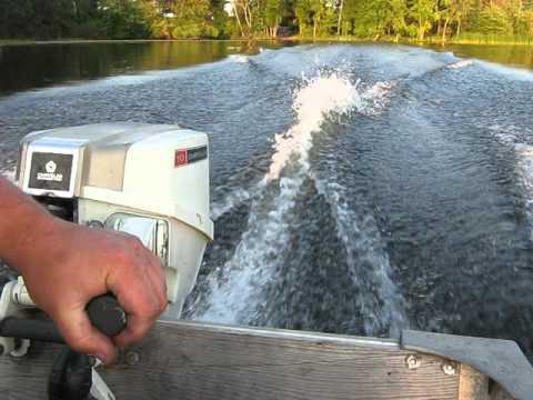 Don Johnson Motors >> 1974 Chrysler 10hp outboard motor - YouTube