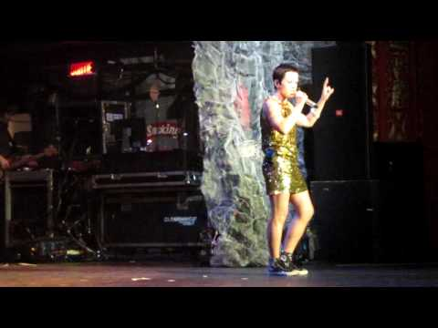 The Cranberries - Waltzing Back @ Olympia Montreal 2009