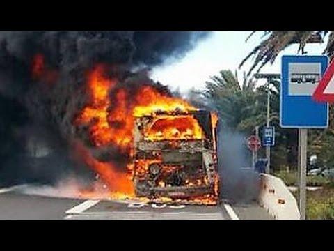 Incendio de una guagua en la autopista frente al - Gran canaria tv com ...