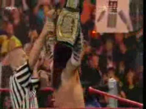 Jeff Hardy vs. Triple H: SmackDown, 21 novembre 2008