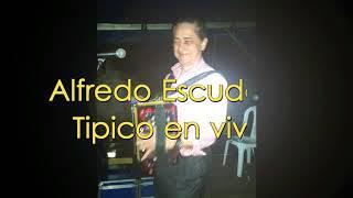 Alfredo Escudero en vivo  en la junta de omar