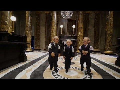 فيديو.. استوديو وارنر يقدم لعشاق هاري بوتر فرصة لرؤية أبطال أفلامهم عن كثب…  - 08:53-2019 / 3 / 22
