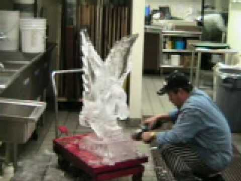 HOW TO CARVE AN EAGLE FROM A SINGLE 300 LB ICE BLOCK.by khmer chef.