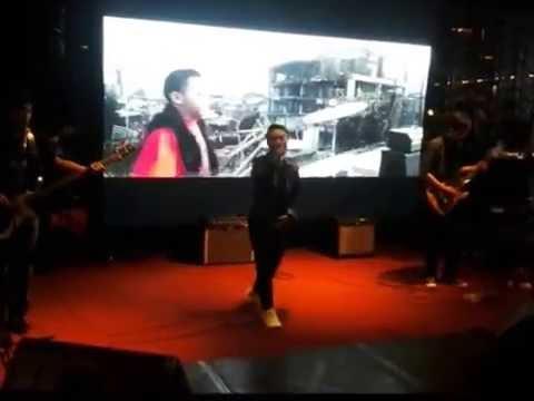 Alcont Di Anang Family Karaoke 5Lounge and Terrace