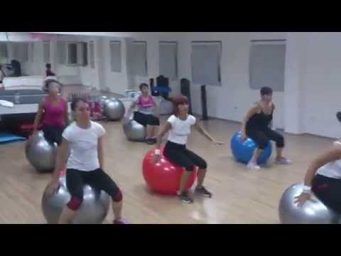Stability (Swiss) Ball Cardio Workout
