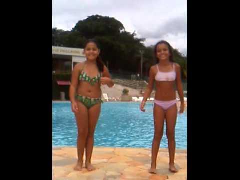 Desafio da piscina com minha amiga