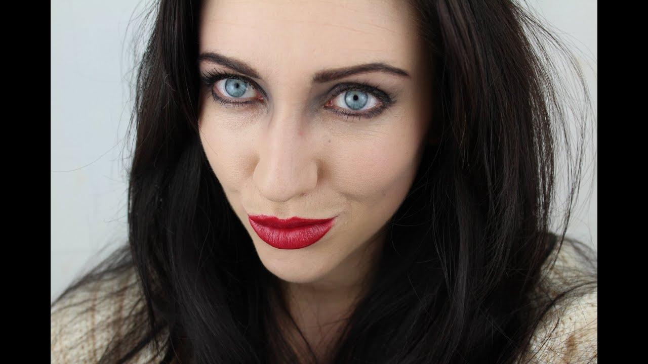 Sexy Vampire Makeup Tutorial, Halloween Fancy Dress ...