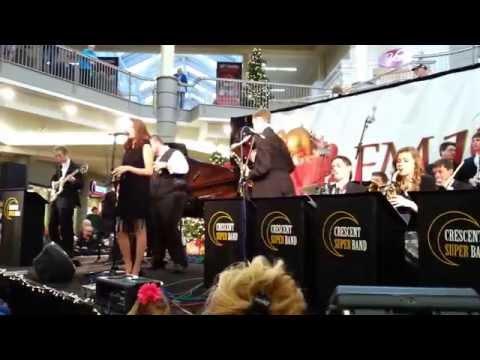 Boogie Woogie Santa Claus (Leon Rene) - Crescent Super Band feat. Madi Christensen
