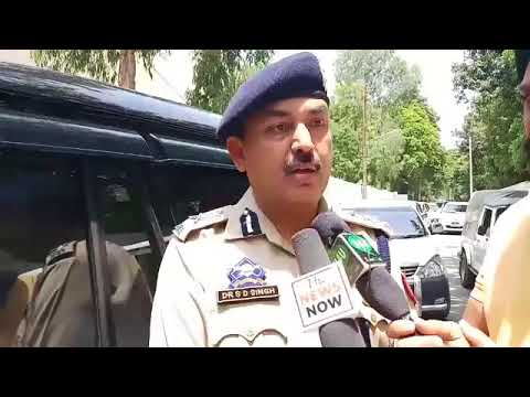 IGP Jammu Dr SD Singh Jamwal briefs media about the present condition at the border