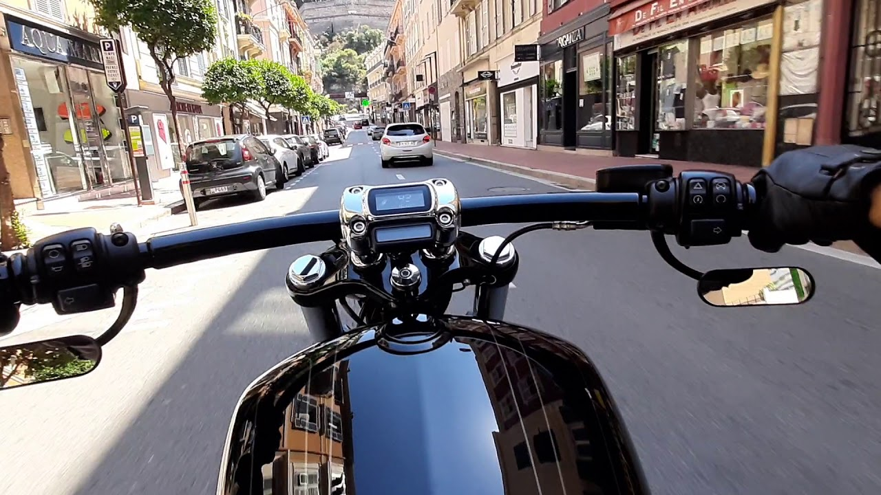 Harley-Davidson Breakout 114cui Ride in Monaco (Nick & Celine)
