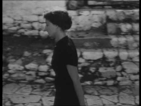 Μαρία Φαραντούρη -