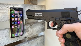 Shoot On iPhone XS with 4,5mm Steel BB Pistole !!
