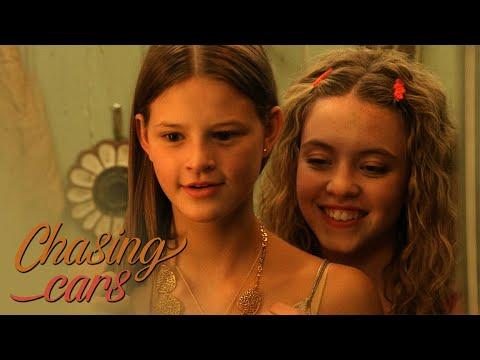 Kate & Emaline (Everything Sucks!)  - Chasing Cars