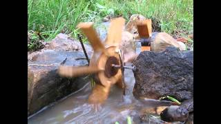 How To Make Simple Water Wheel