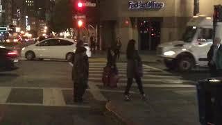 Видео мастурбация девушка инвалид с чемоданом.