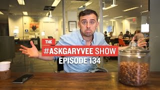 #AskGaryVee Episode 134: Does VaynerMedia turn down clients based on values?(, 2015-08-27T21:03:25.000Z)